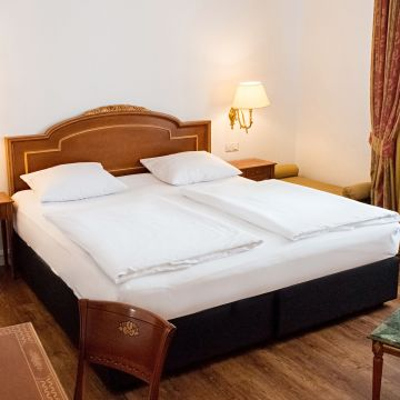 DORMERO Hotel Rotes Ross Halle