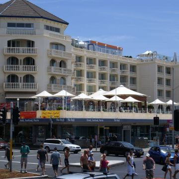 Swiss Grand Resort & Spa Bondi Beach