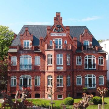Rujana Ferienwohnungen - Villa Glückspilz