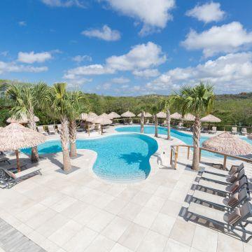 Morena Resort