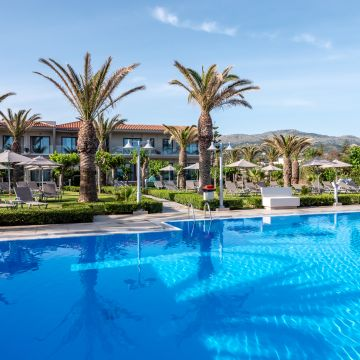 Hotel Marinos Beach