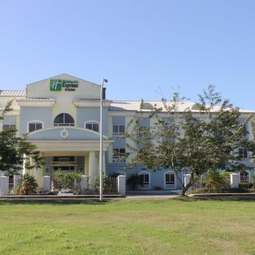 Holiday Inn Express Hotel & Suites Trincity Trinidad Airport