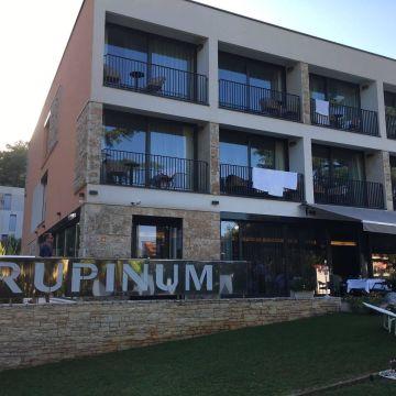 Hotel Arupinum