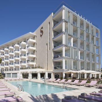 Hotel Pure Salt Garonda