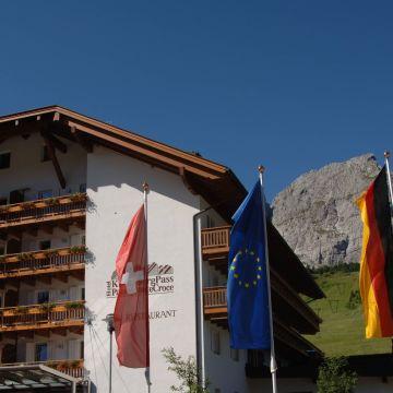 Hotel Kreuzbergpass / Passo Monte Croce