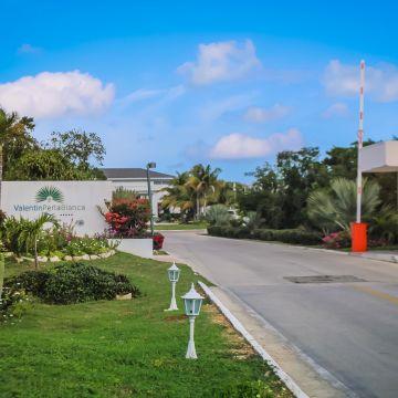 Valentin Hotel Perla Blanca
