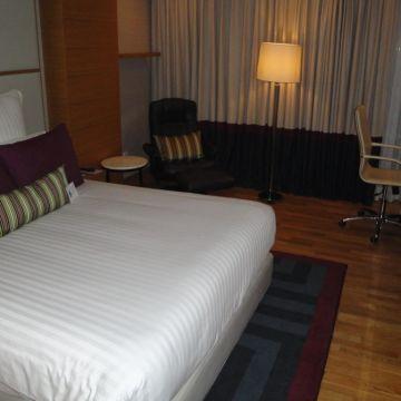 Hotel Avari Tower