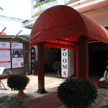 Hotel Udon Star