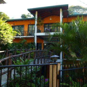 Holiday Inn Guesthouse