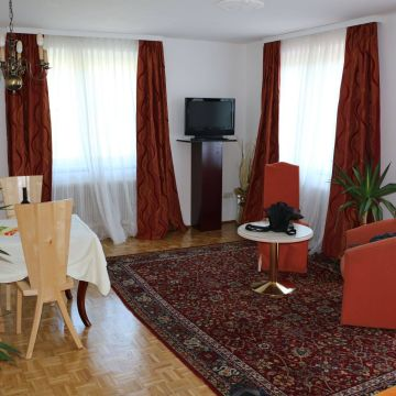 Apartments Haus Höllbacher