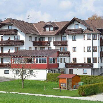 Aktiv- & Familienhotel Alpenblick