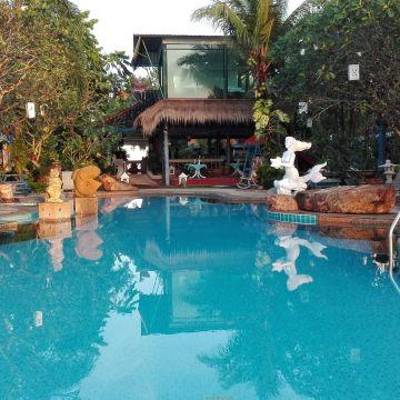 Aochalong / Ao Chalong Villa & Spa