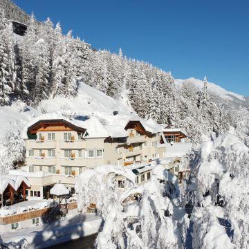 Hotel Höllroah