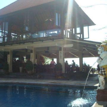 Hotel Respati Beach