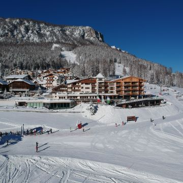 Dolasilla Mountain Panoramic Wellness Hotel