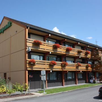Hotel Campanile Tinqueux