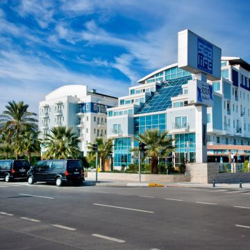 Sealife Family Resort Hotel