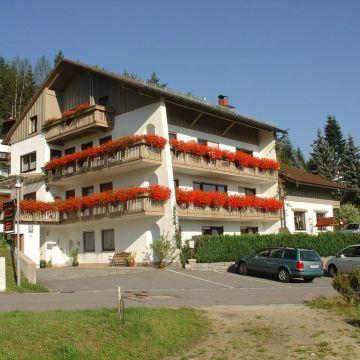 Haus Margarete & Landhaus Karin