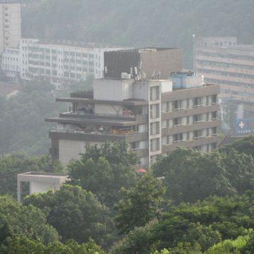 88 Eling Park Hotel