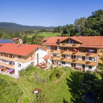Pension & Ferienwohnungen Berghof Kopp