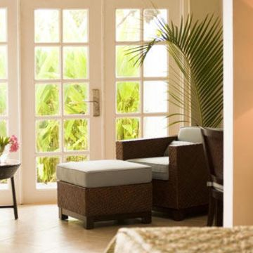 Hotel Smugglers Cove Beach Resort