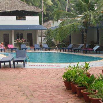 Hotel Pappukutty Beach resort