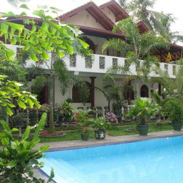 Hotel Sankarest Villa