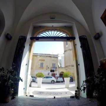 Hotel Carmine