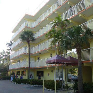 Hotel Marina del Mar Resort & Marina