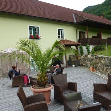 Ferienzimmer Weingut Rixinger