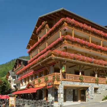 Hotel La Croix-Saint-Maurice
