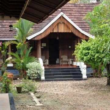 Hotel Nelpura Heritage Homestay