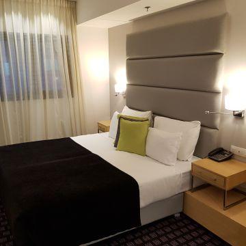 Hotel Eyal
