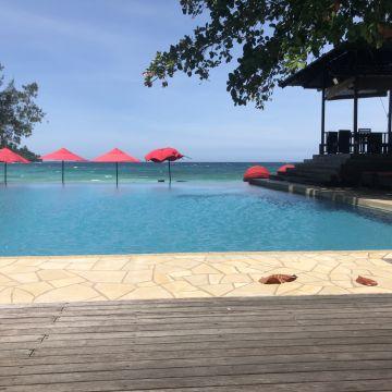 Hotel Bunga Raya Island Resort & Spa
