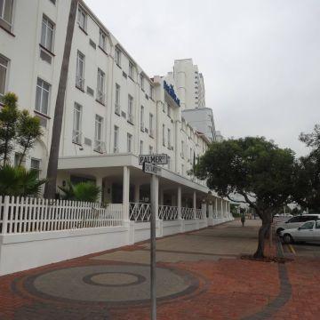 Raya Hotel Balmoral