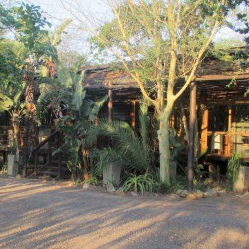 Three Cities Makakatana Bay Lodge