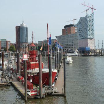Hotel Feuerschiff im City Sporthafen