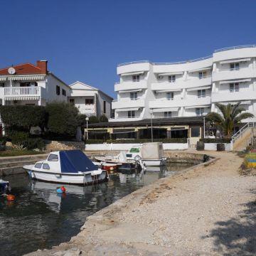 Apartments Villa Lisica