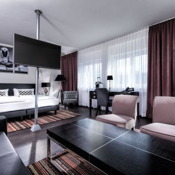 Hotel Wyndham Stuttgart Airport Messe