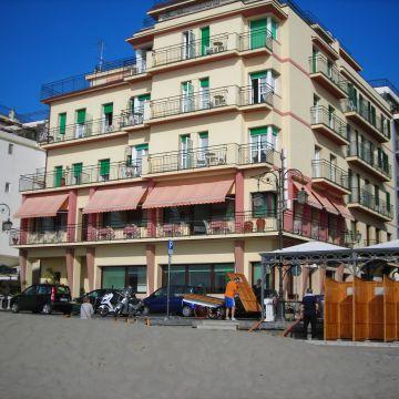 Hotel Flora Alassio