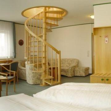 Hotel Stadt Naumburg - GARNI