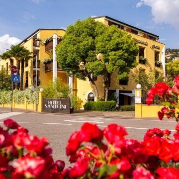 Santoni Freelosophy Hotel