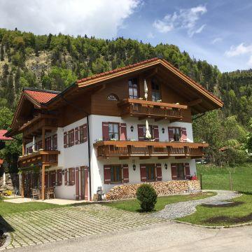 Ferienwohnungen Beim Hausbacher