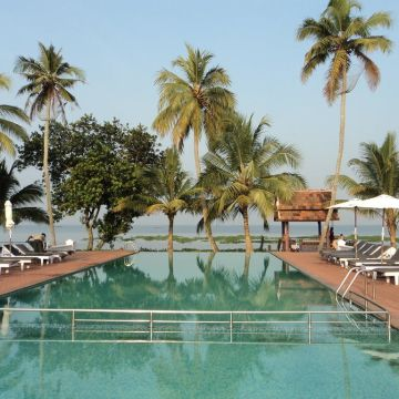 Hotel Abad Whispering Palms