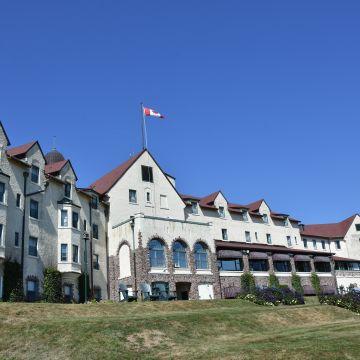 Hotel Digbypines Golf Resort And Spa