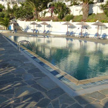 Hotel Amoopi / Amopi Bay