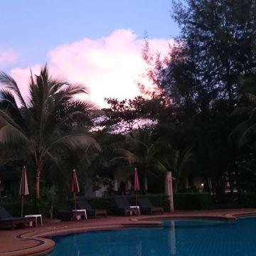 Lah Own Resort