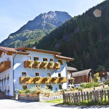 Tirolerhof Frühstückspension - Appartementhaus