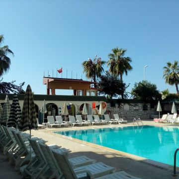 Hotel Astor Beach