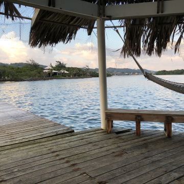 Hotel Barefoot Cay Resort